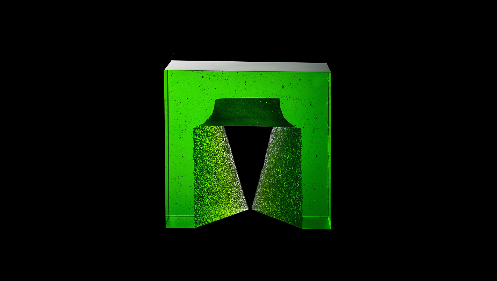 Ivana-Masitova-Glass-Artist-Czech-Glass-slide-4