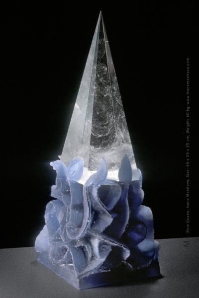 Modra-kralovna_Blue-Queen,65x25x25cm,60kg