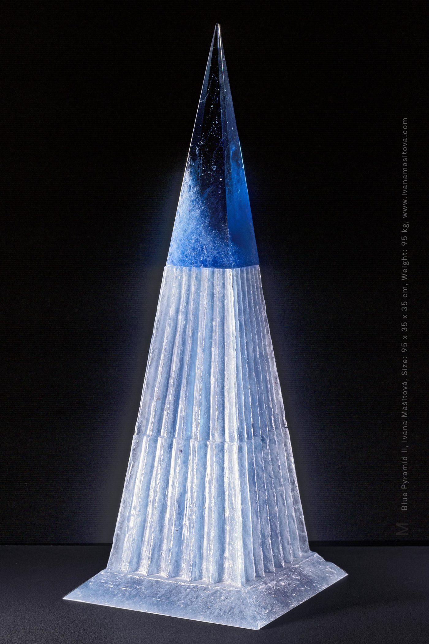 Modra-pyramida-II_Blue-Pyramid-II,95x35x35cm,95kg