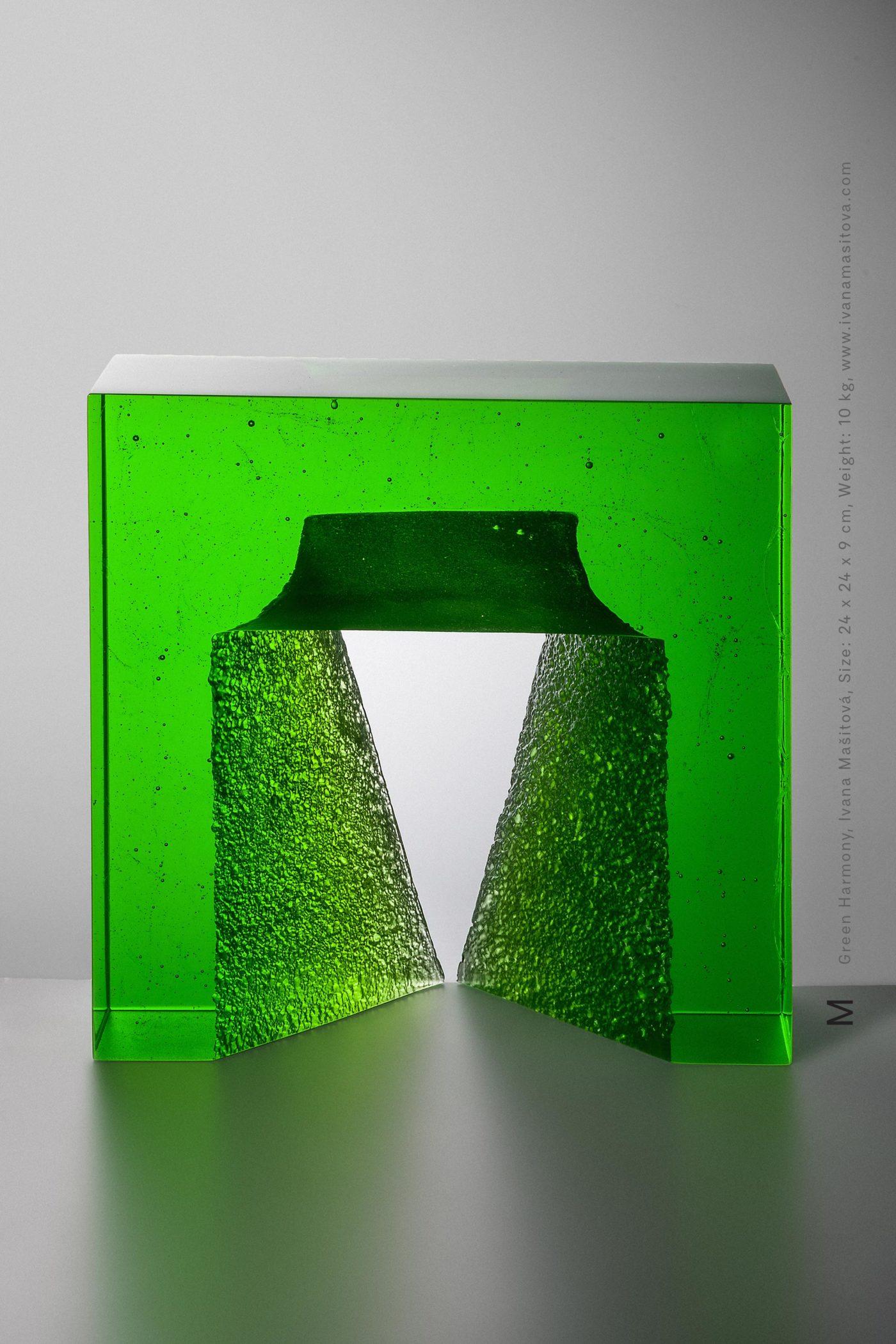 Zelena-harmonie_Green-Harmony,24x24x9cm,10kg